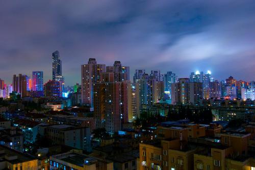 Szanghaj nocą